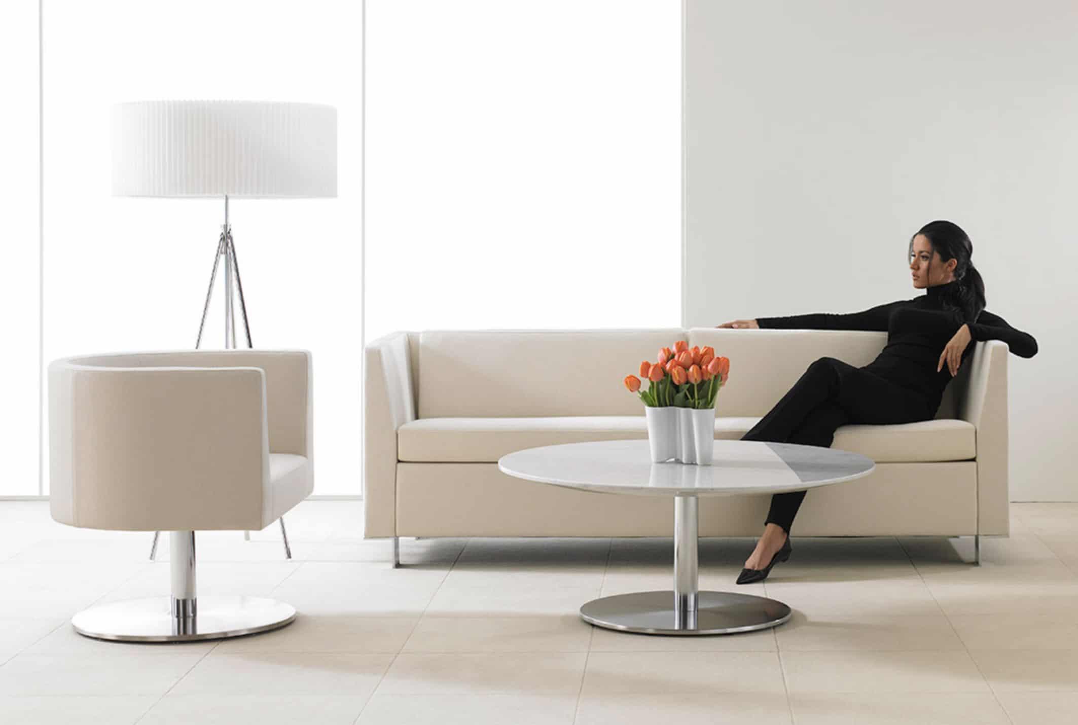 WO_Chicka In Black-White Sofa